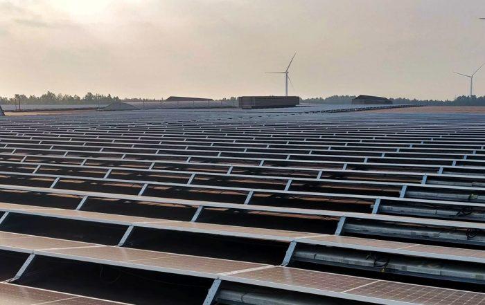 Vermogenverdelers voor het grootste zonnedak van België